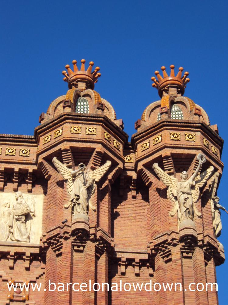 Close up of the statues which decorate the Arc de Triomf