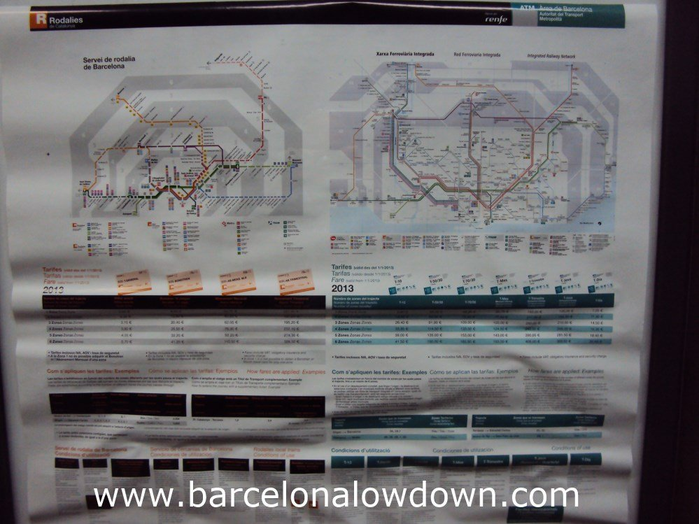 Two maps of Barcelona's public transport zones.