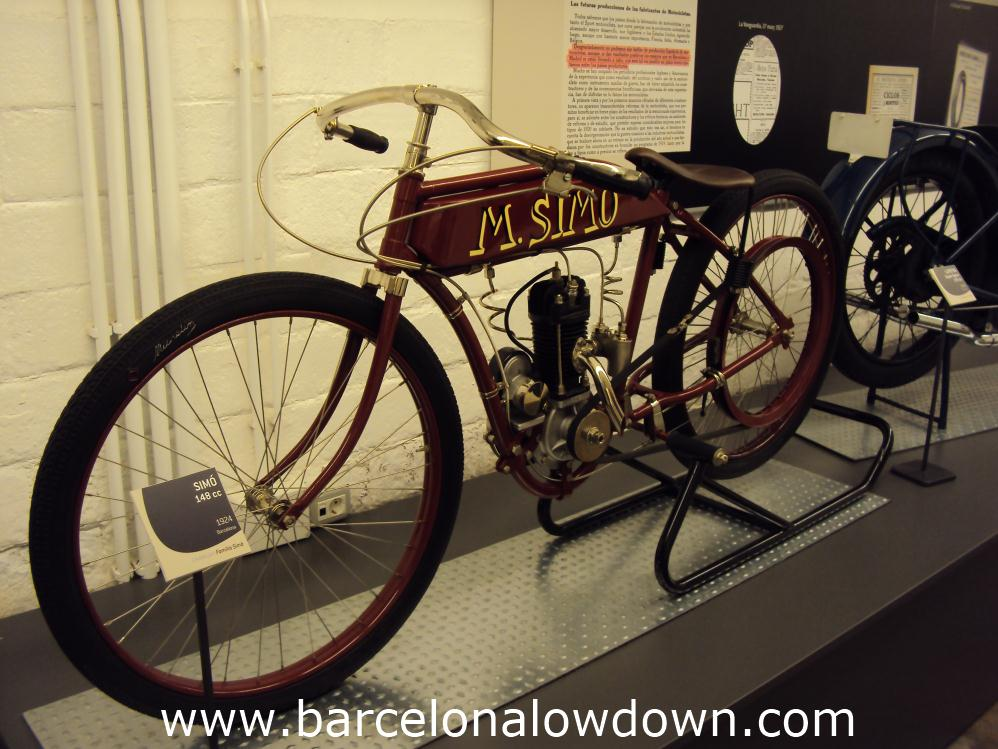 vintage simo motorbike in the barcelona motorcycle museum