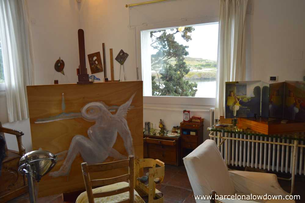 Dalis studio with 2 unfinished paintings