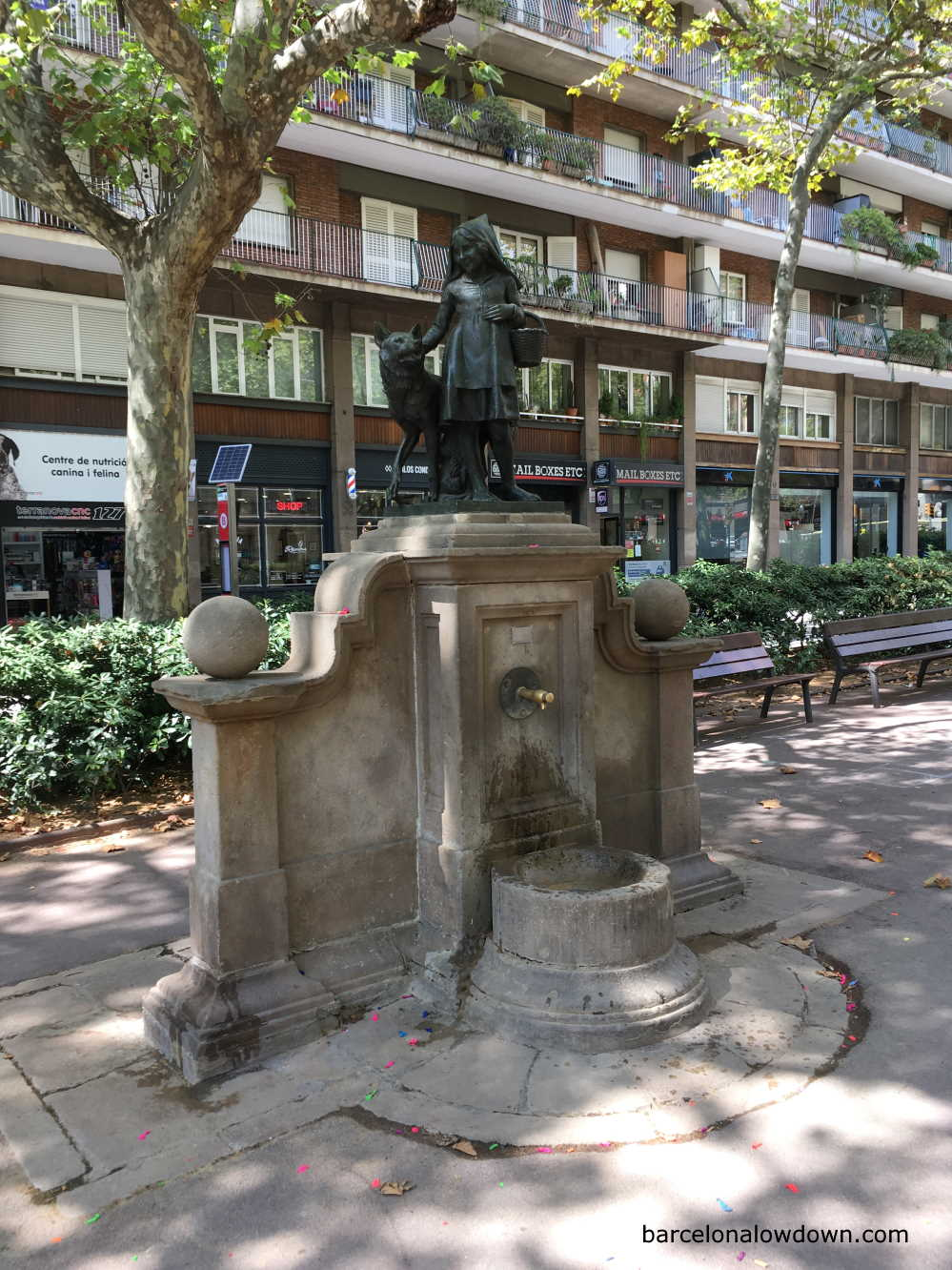 The Little Red Riding Hood fountain in Barcelona